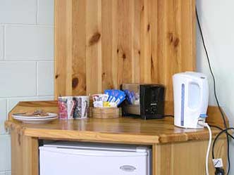 There are basic tea and coffee facilities, bar fridge and TV